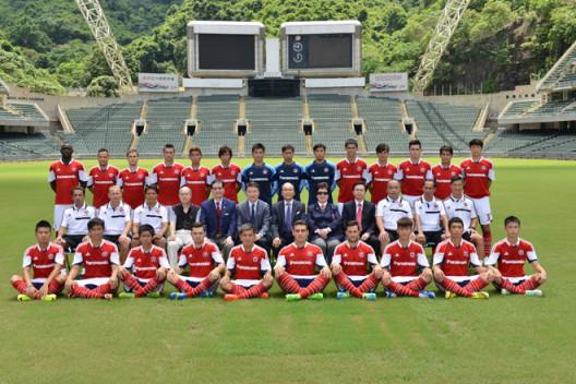 20130828-football011-528x352